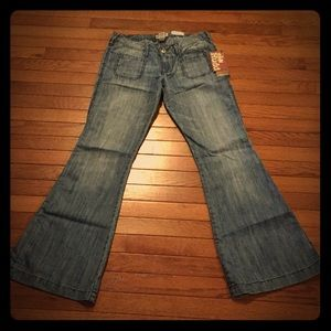 🌸MUDD🌸 New With Tags wife leg jeans